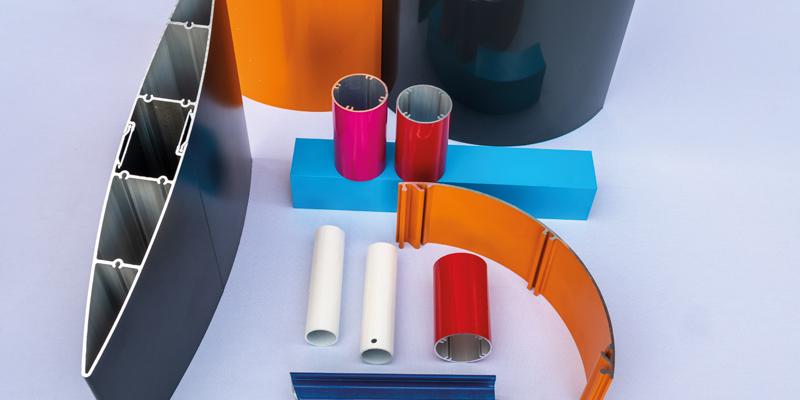 Usinage et traitement de surface, des finitions de précision : laquage, anodisation, usinage et assemblage